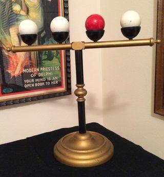 Thayer Billiard Ball Stand